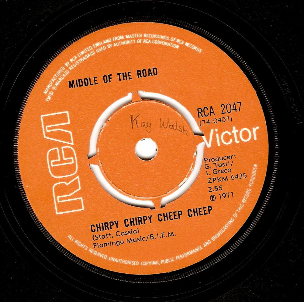 MIDDLE OF THE ROAD Chirpy Chirpy Cheep Cheep Vinyl Record 7 Inch RCA Victor 1971